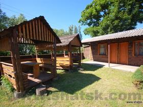 База отдыха Гостеприимный двор Два двухместных номера с кухней