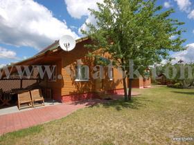 """Cottage Sadiba """"Lelek"""" lake Pіsochne (vil. Melnyky)"""